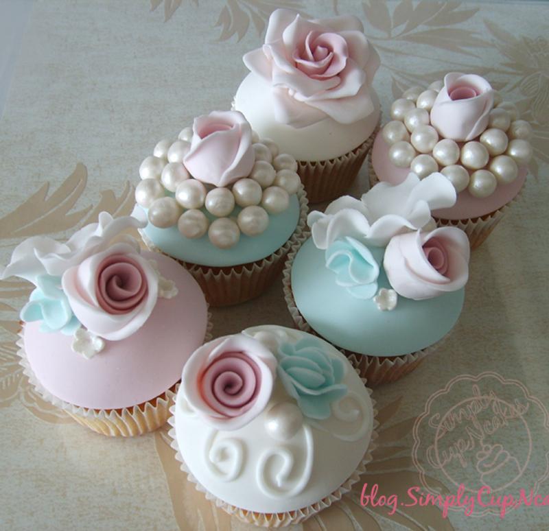 cupcakes med marcipan